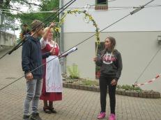Wir durften für die Tanzgruppe übersetzten - Im Camp war Englisch die gemeinsame Sprache