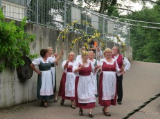 Traditioneller Tanz zum mitmachen